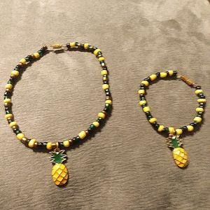 Pineapple Stretch Beads Brscelets (Set of 2)